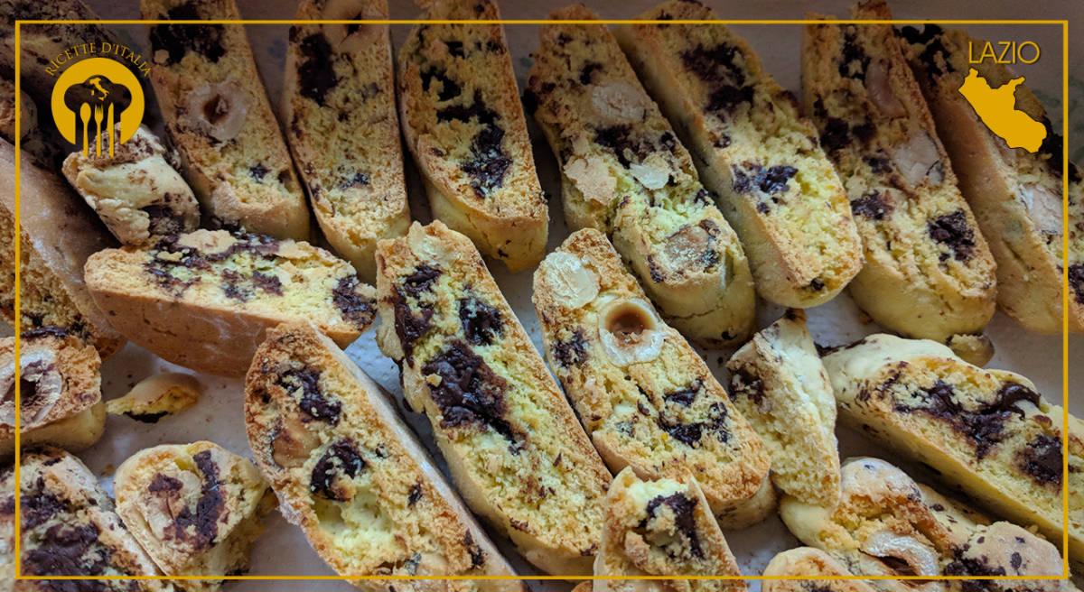 Dolci Da Credenza Biscotti Alle Nocciole : Natale nel lazio i tozzetti con la nocciola gentile tonda romana